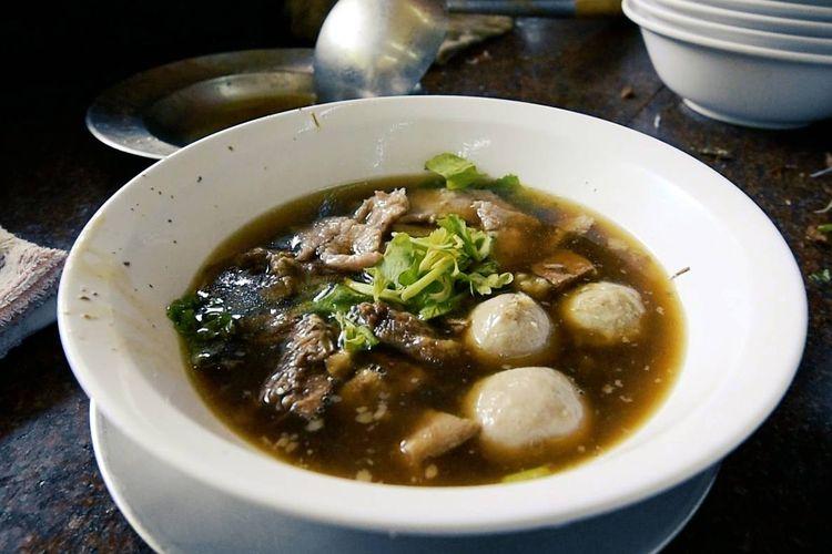 Суп в тайском ресторане