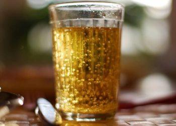 Лимонад в стакане