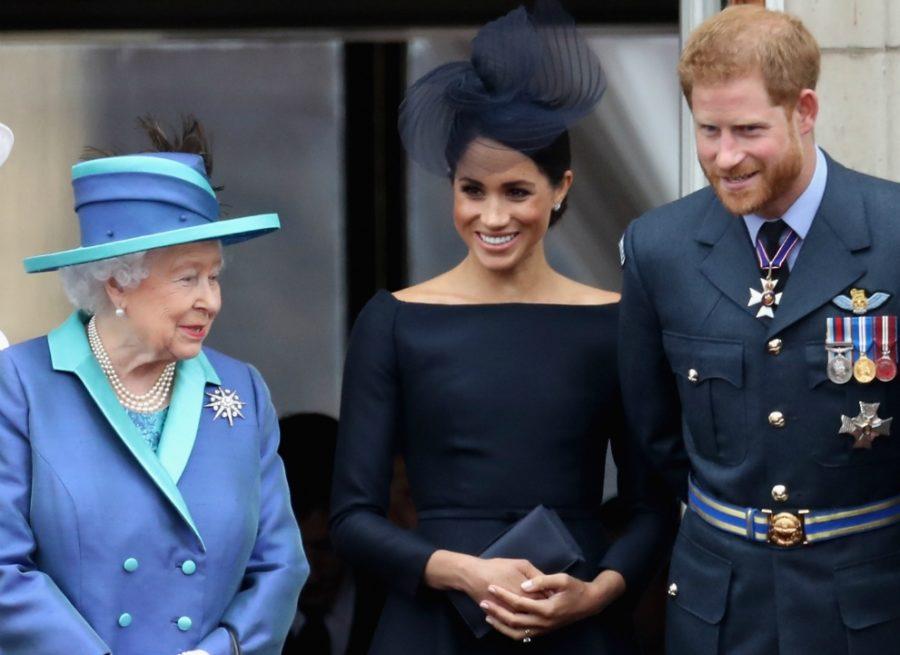 Королева с Меган и Гарри