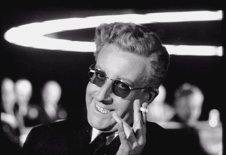 Доктор Стрейнджлав, или Как я научился не волноваться, полюбив атомную бомбу