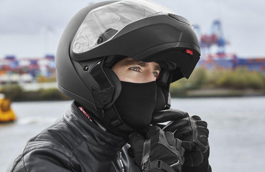 Балаклава у мотоциклиста