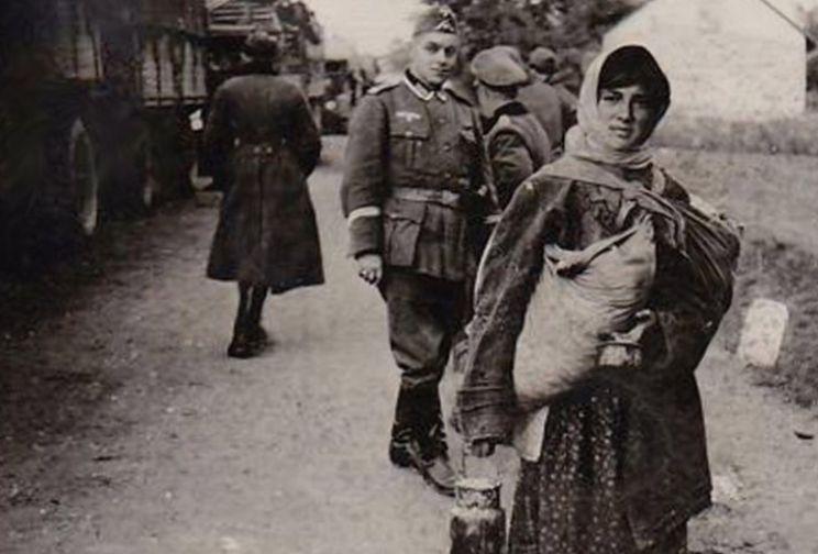 Гитлер уничтожал цыган