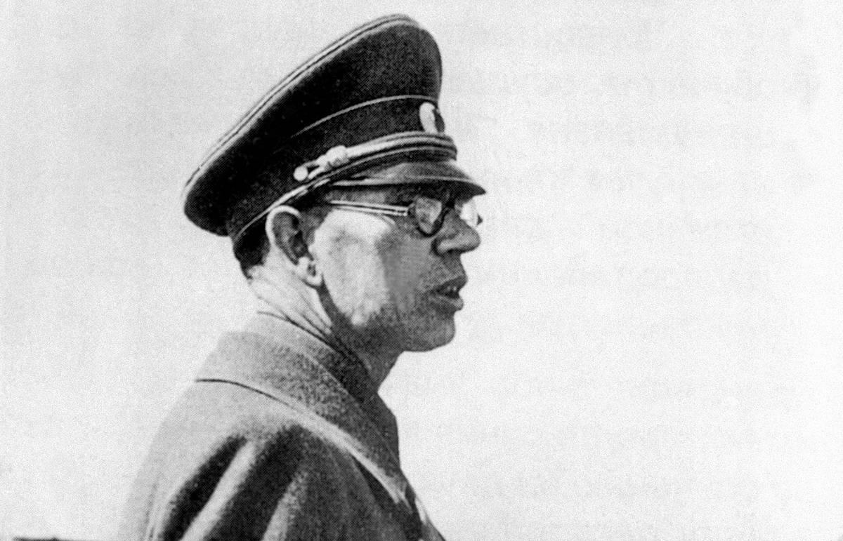 Андрей Власов