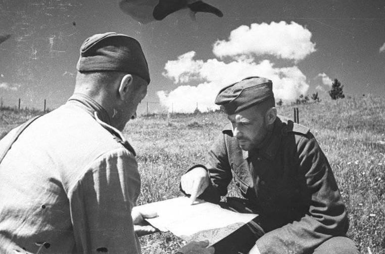 Писарь и переводчик в советской армии