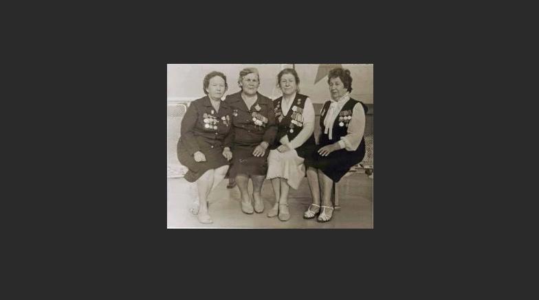 Женщины саперы Волжской флотилии