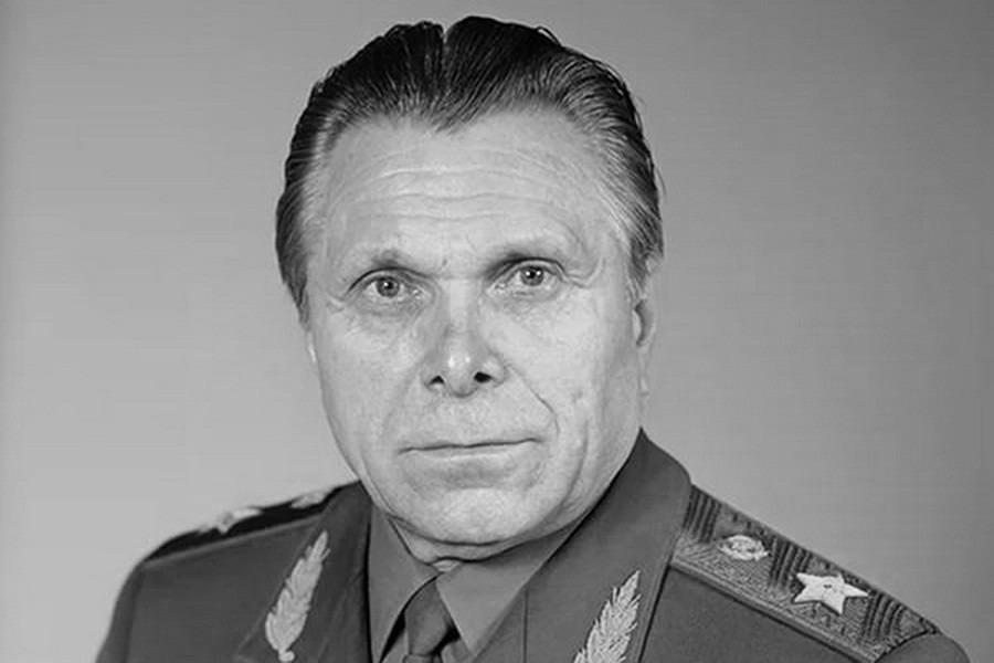 Щелоков министр